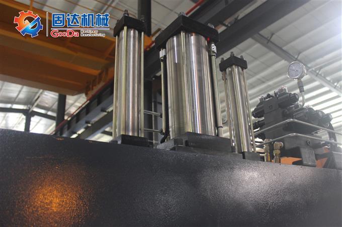 數控強力型雙側銑床JJR-700NCR