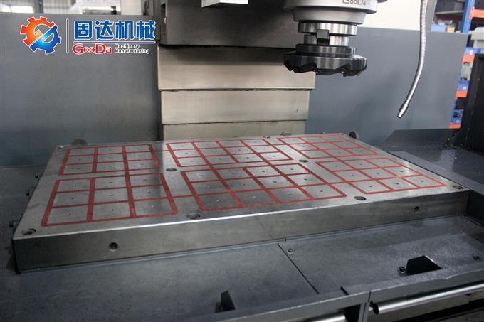 數控立式平面銑床VM-1060NC高清細節圖