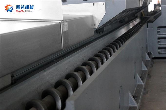 數控龍門銑床VM-8015NC實拍細節圖